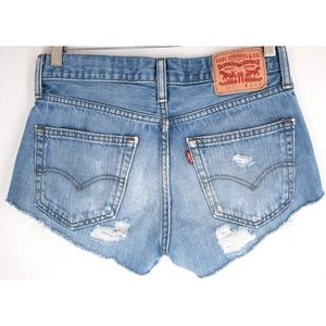 Levi's cut off High Rise festival jean shorts 28